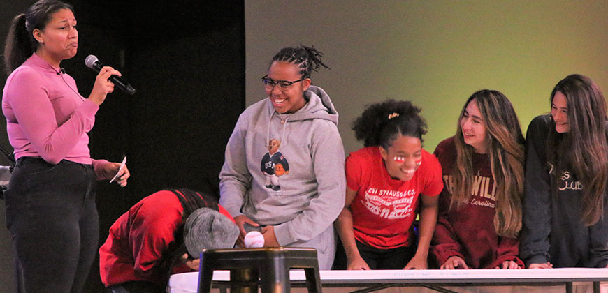 The ladies from the House of Veritas having fun playing House Feud, a Shofar Cup event.