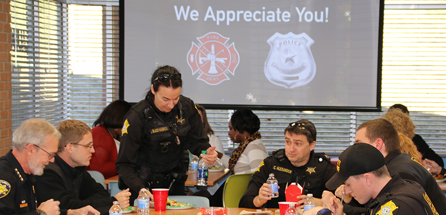 Business students show holiday appreciation for law enforcement and fire fighters