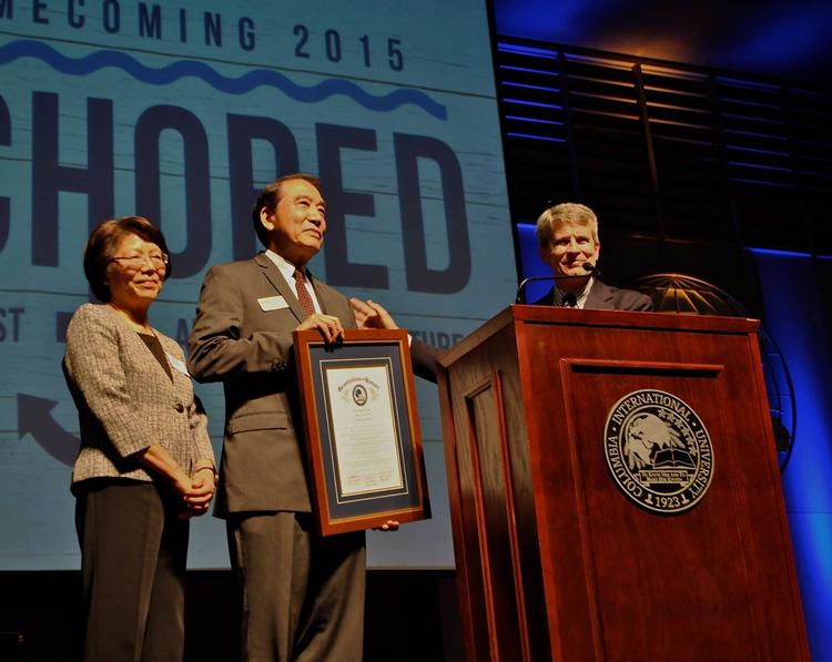 Dr. David Chow receives CIU Alumni of the Year Award