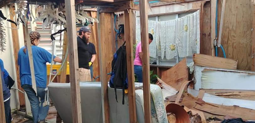 CIU students begin reconstruction of a home in Aibonito.