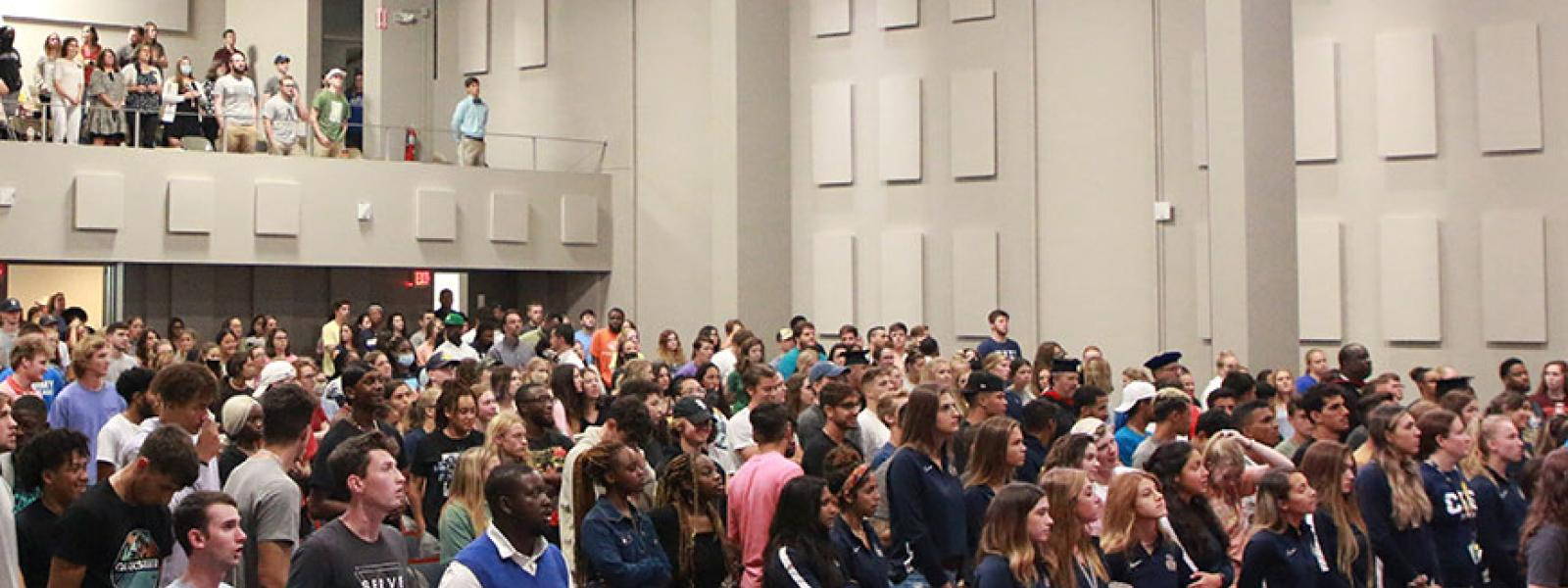 CIU students worship at the Opening Convocation