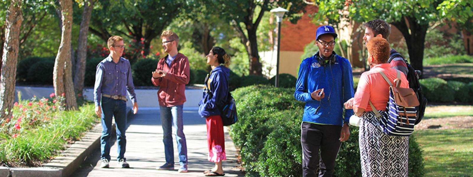 CIU students build lasting friendships.