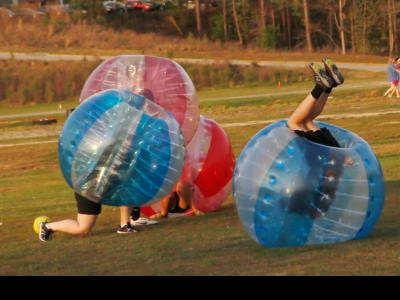 CIU students play Bubble-Ball.