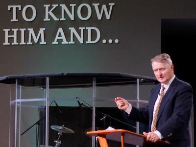 CIU alumnus Dr. Paul Copan speaks in CIU Chapel (Photos by Renee Laine, CIU student photographer)